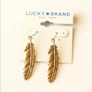 """Lucky Brand Feather earrings Gold tone 2.5"""" dangle"""